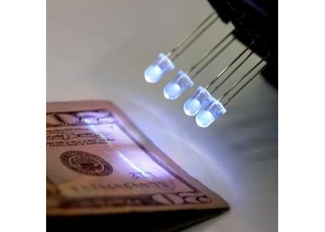 Diodo LED ultravioleta