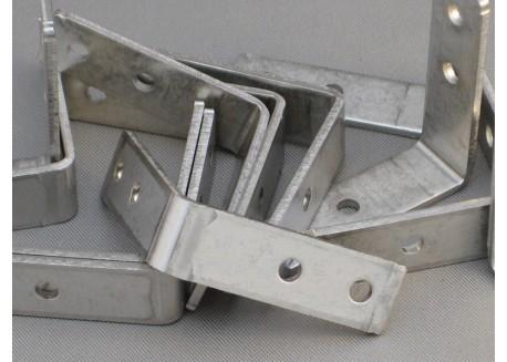 Set esquinas Makerbeam - 12 unidades